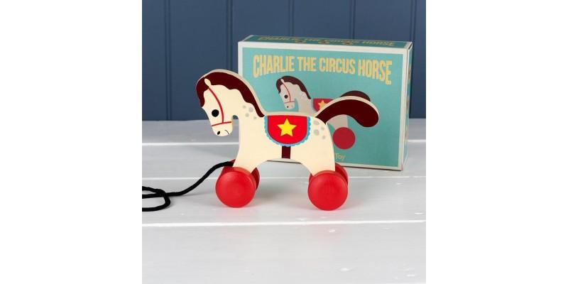 играчки за бутане и дърпане